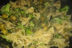 Farfalle met pittige broccoli